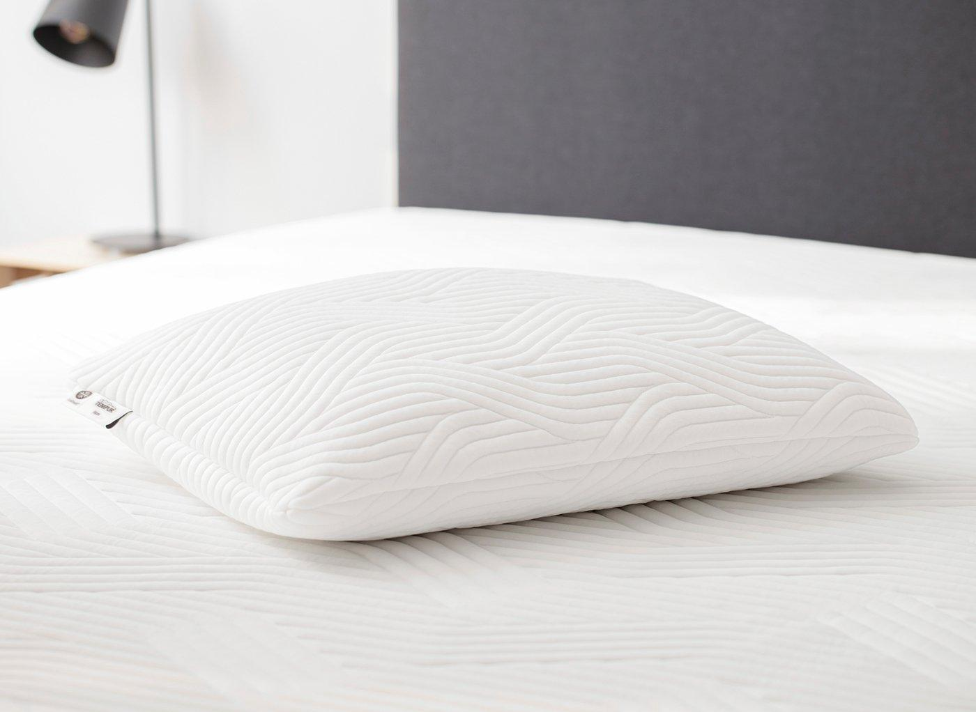 tempur-comfort-cooltouch-pillow