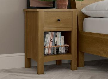 Kensington Bedside Chest Pine