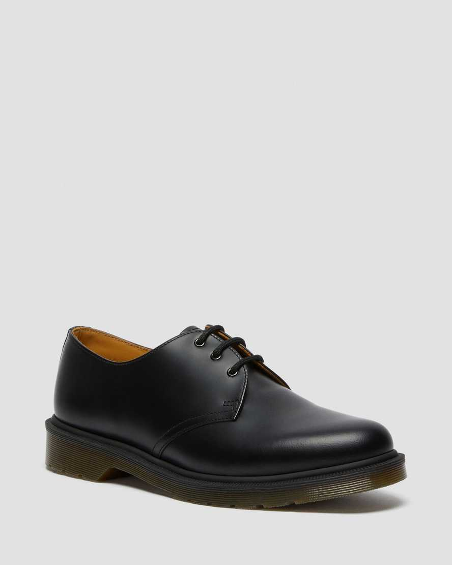 https://i1.adis.ws/i/drmartens/10078001.88.jpg?$large$1461 NARROW FIT SMOOTH | Dr Martens
