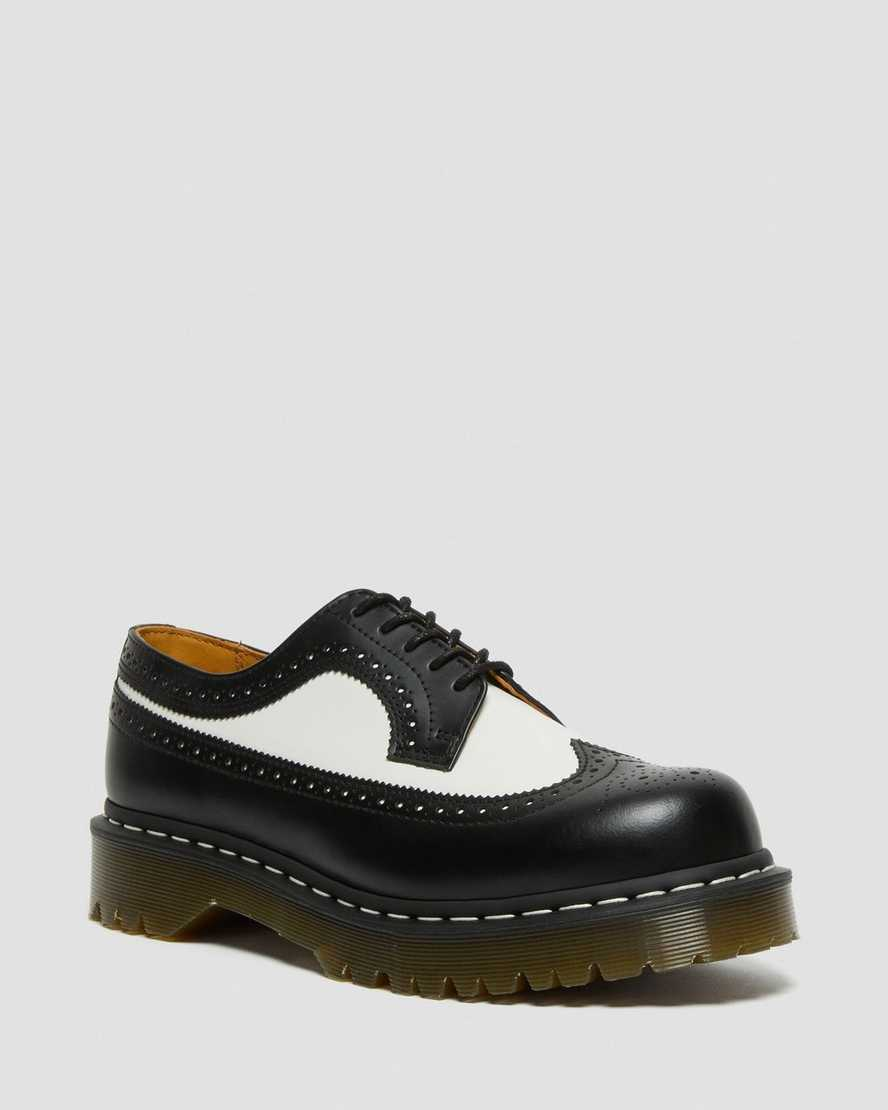 https://i1.adis.ws/i/drmartens/10458001.88.jpg?$large$3989 BEX SMOOTH LEATHER BROGUE SHOES | Dr Martens