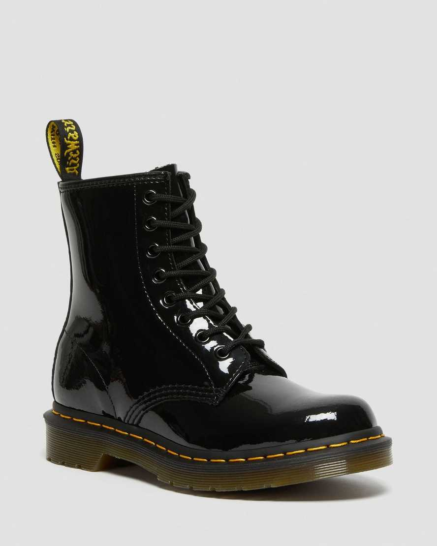 https://i1.adis.ws/i/drmartens/11821011.89.jpg?$large$1460 Patent Leather Boots | Dr Martens