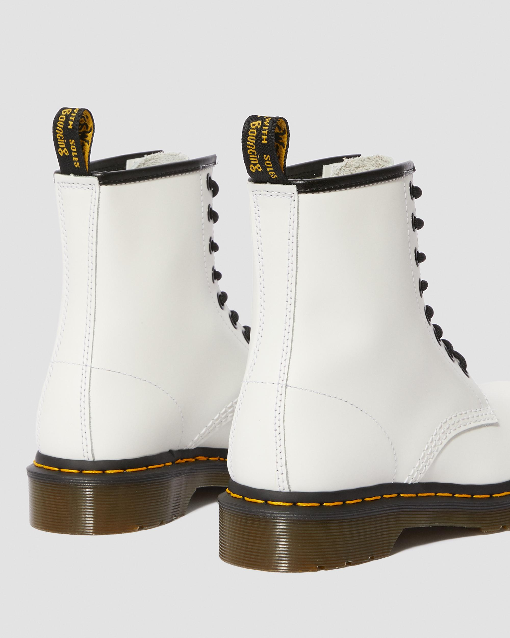 LEATHER ANKLE BOOTS | Dr. Martens