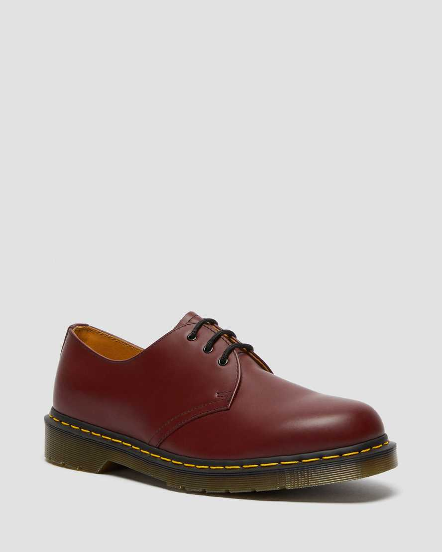 https://i1.adis.ws/i/drmartens/11838600.88.jpg?$large$1461 Smooth Leather Shoes | Dr Martens