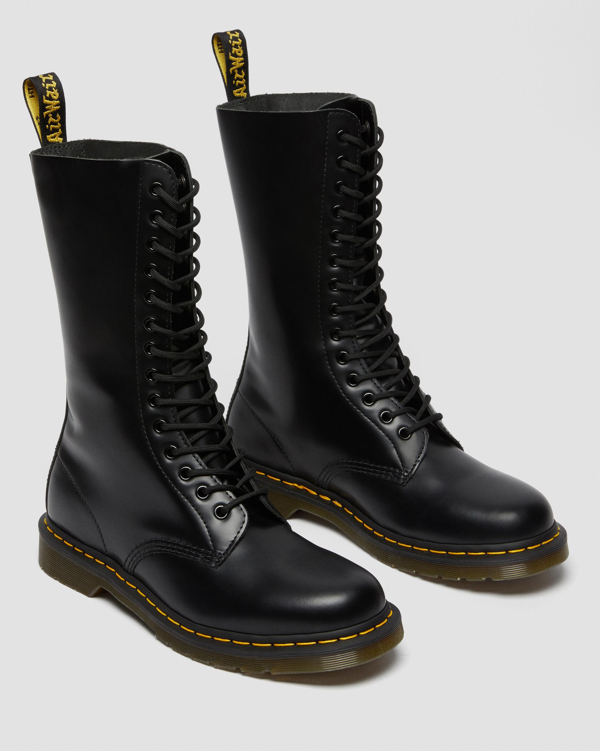 DR DOC MARTENS 1914 Smooth Boots Classic14 Eyelet Black 6 US