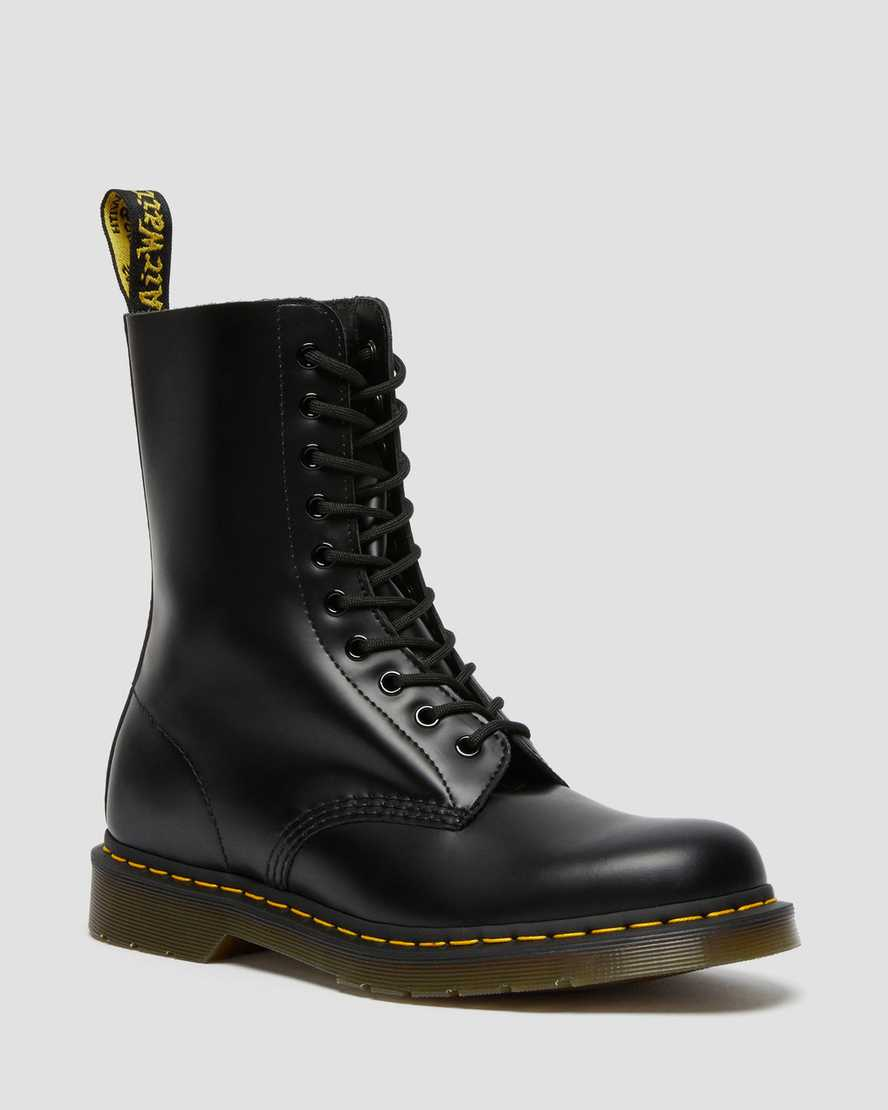 https://i1.adis.ws/i/drmartens/11857001.90.jpg?$large$1490 Smooth Leather Mid Calf Boots | Dr Martens