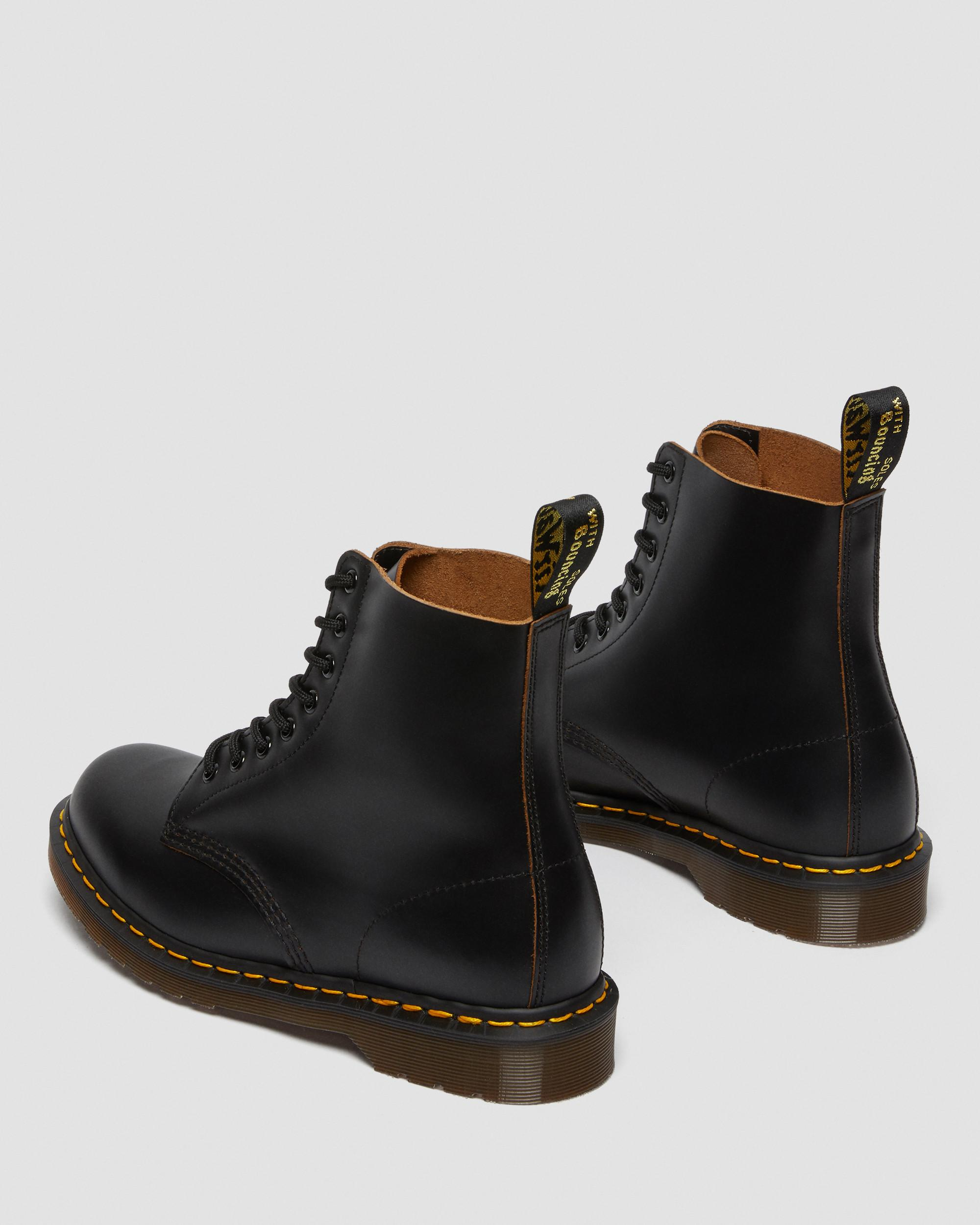 DR MARTENS 1460 VINTAGE MADE IN ENGLAND LACE UP BOOTS