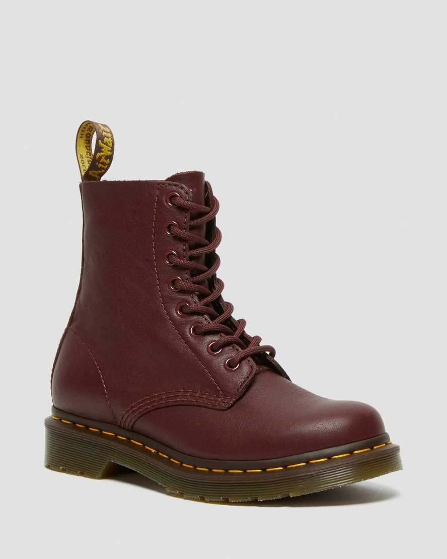 https://i1.adis.ws/i/drmartens/13512411.87.jpg?$large$1460 Pascal Virginia Leather Ankle boots | Dr Martens