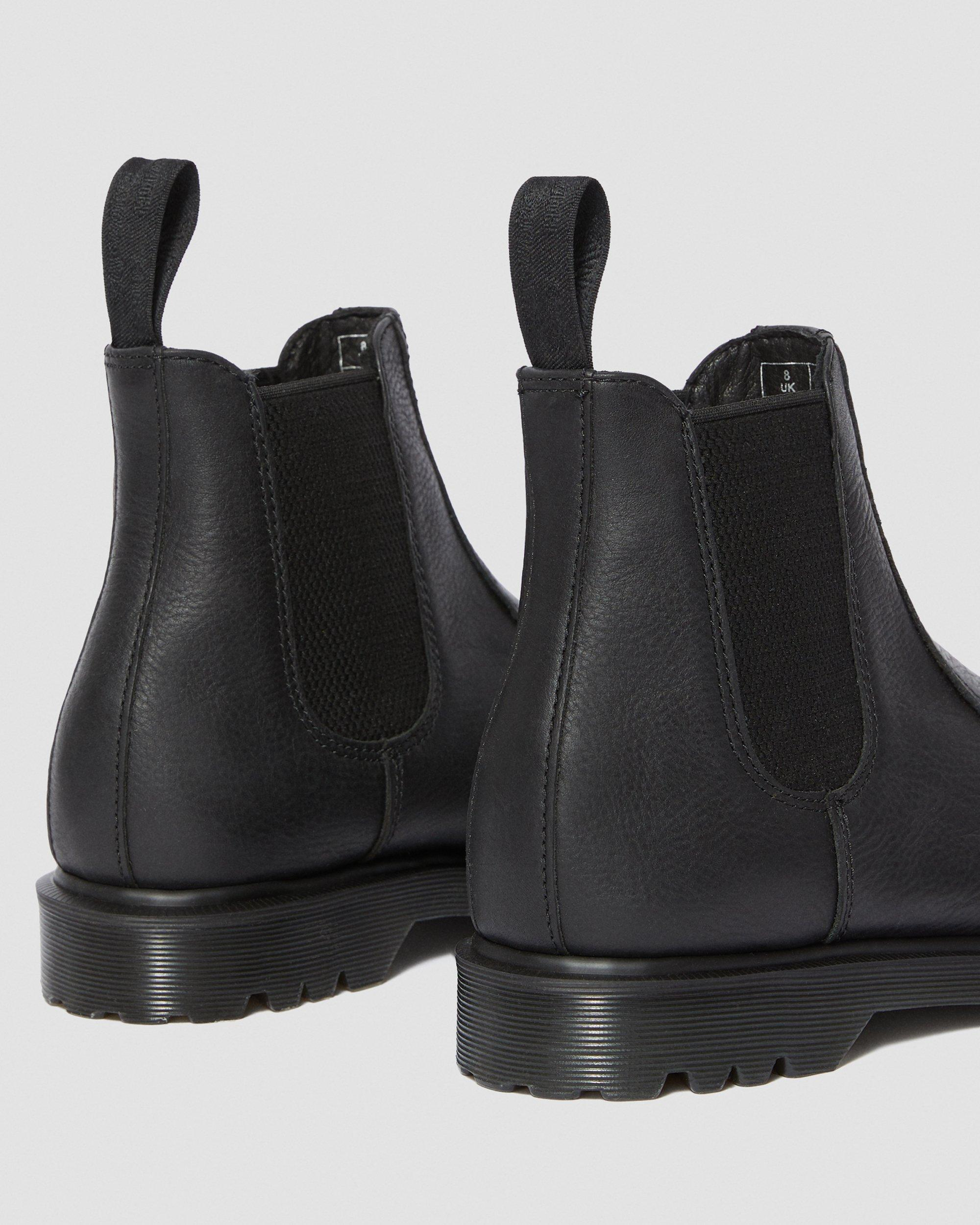2976 INUCK CHELSEA BOOTS   Dr. Martens