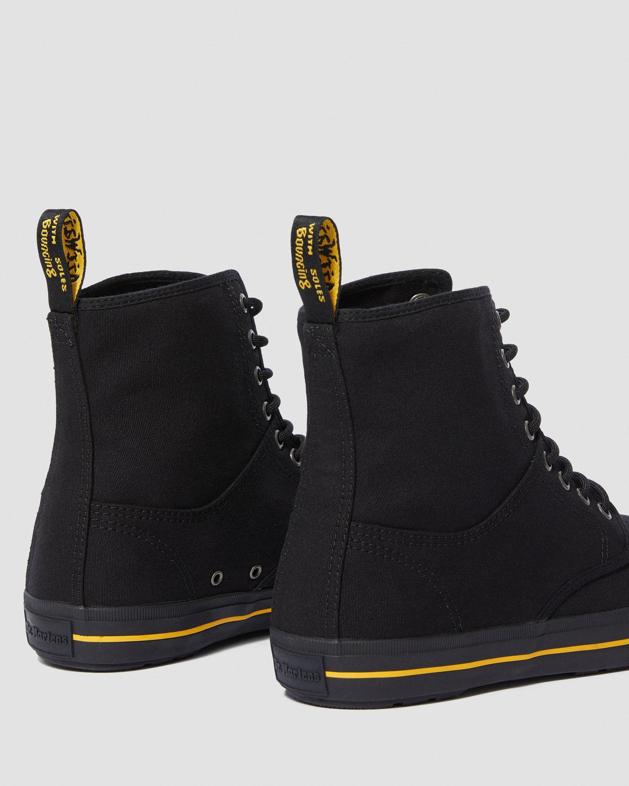 WINSTED CANVAS | Dr. Martens