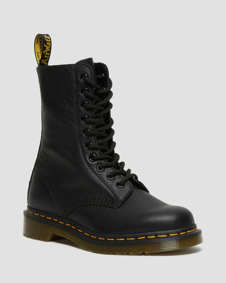 https://i1.adis.ws/i/drmartens/22524001.87.jpg?$large$1490 VIRGINIA LEATHER HIGH BOOTS | Dr Martens