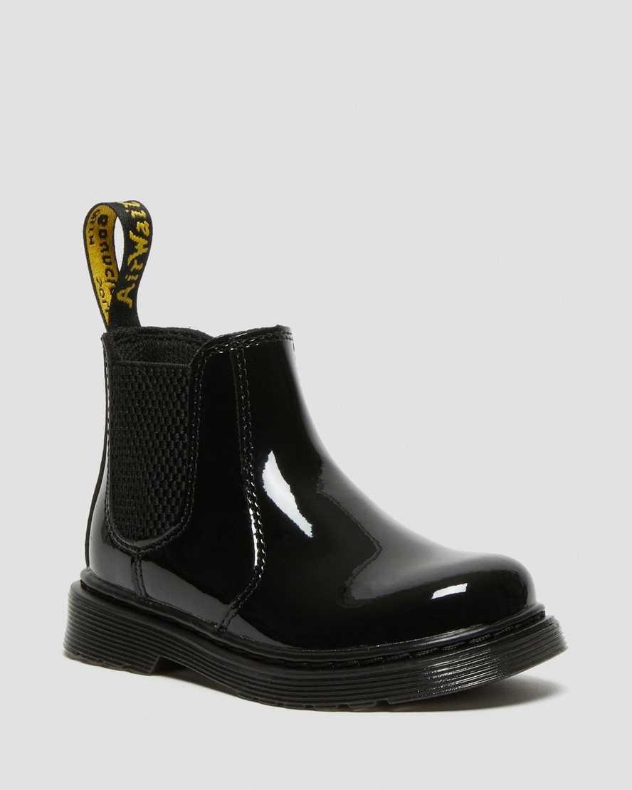 https://i1.adis.ws/i/drmartens/22676001.87.jpg?$large$Toddler 2976 Patent Chelsea Boots | Dr Martens