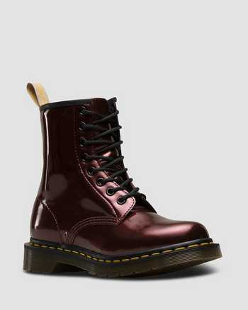 OXBLOOD | Boots | Dr. Martens