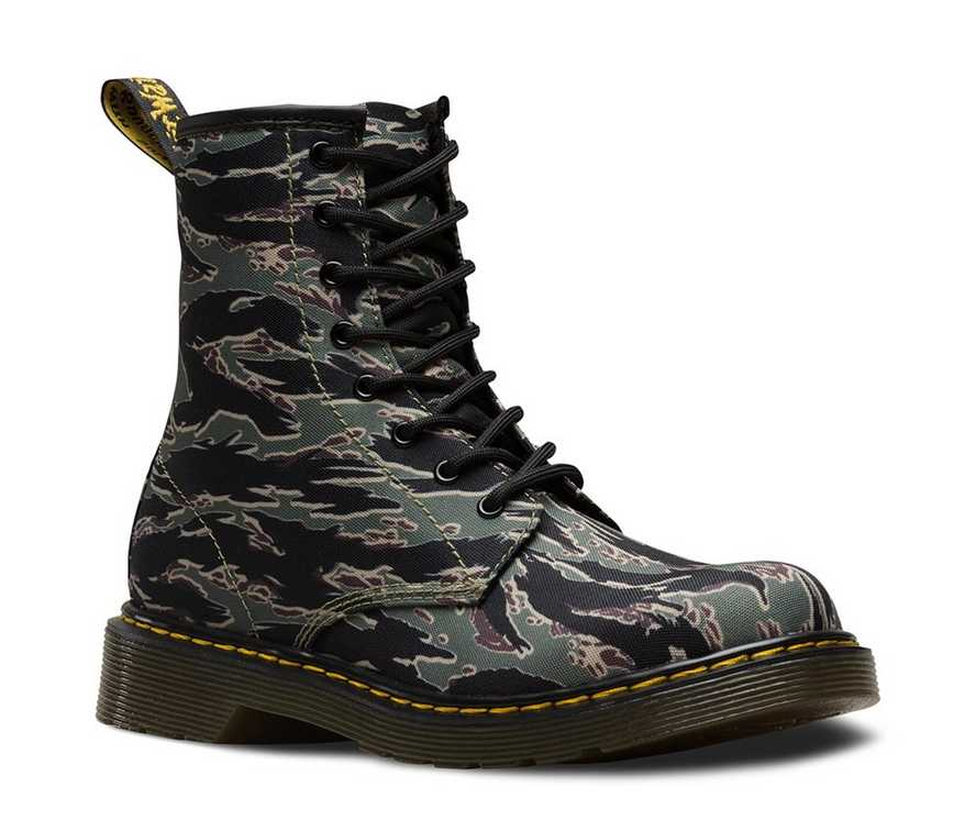 23baea02d69e3 YOUTH 1460 CAMO | Kids' Boots | Dr. Martens Official