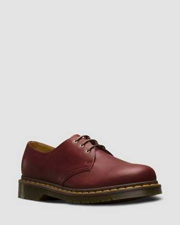 OXBLOOD | Shoes | Dr. Martens