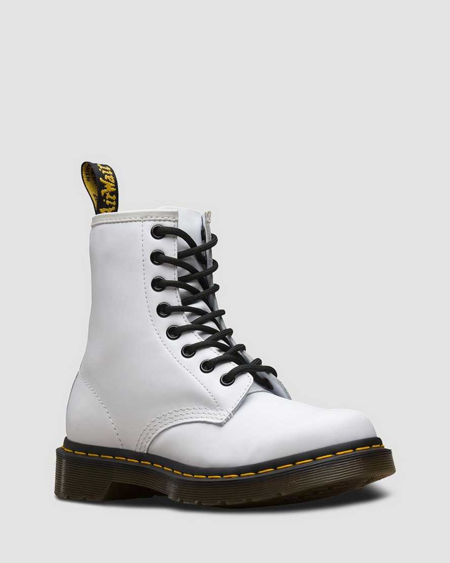 https://i1.adis.ws/i/drmartens/25057100.86.jpg?$large$1460 Softy T Leather Lace Up Boots | Dr Martens