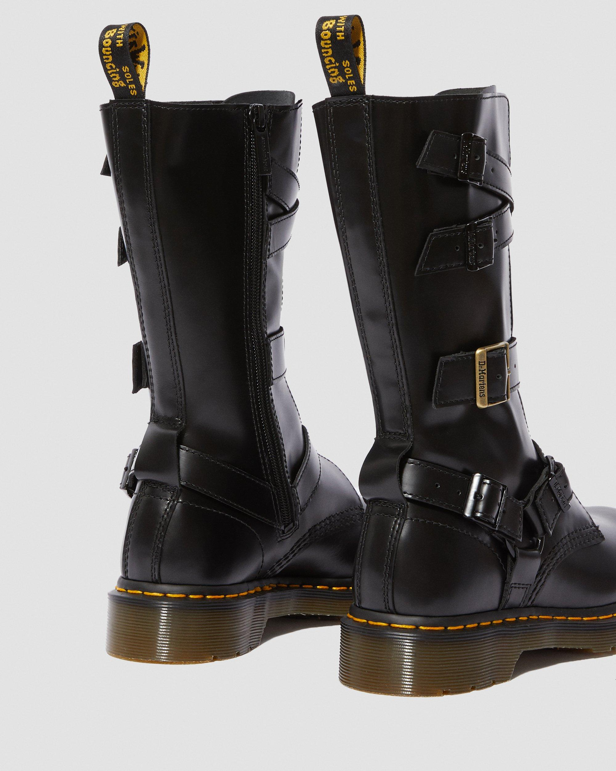DR MARTENS DOC Winter Shearling Tall Black Leather Harness