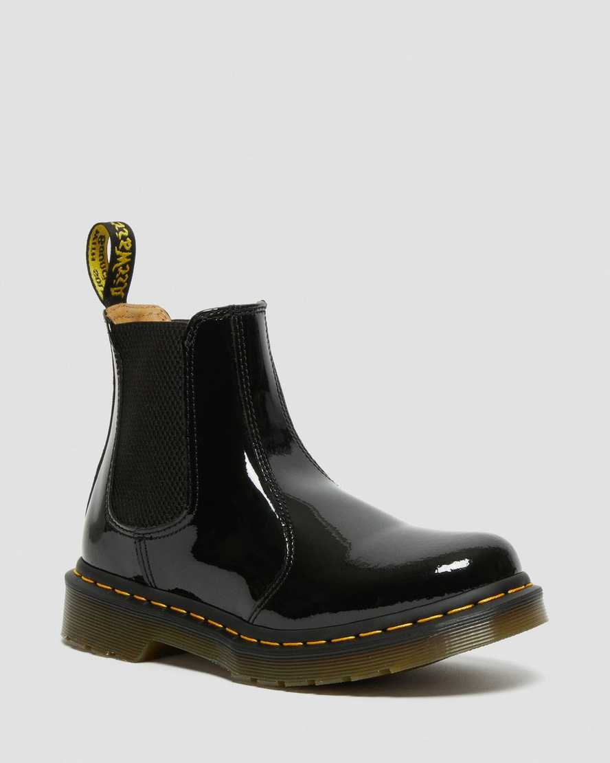 https://i1.adis.ws/i/drmartens/25278001.87.jpg?$large$2976 Women's Patent Leather Chelsea Boots | Dr Martens