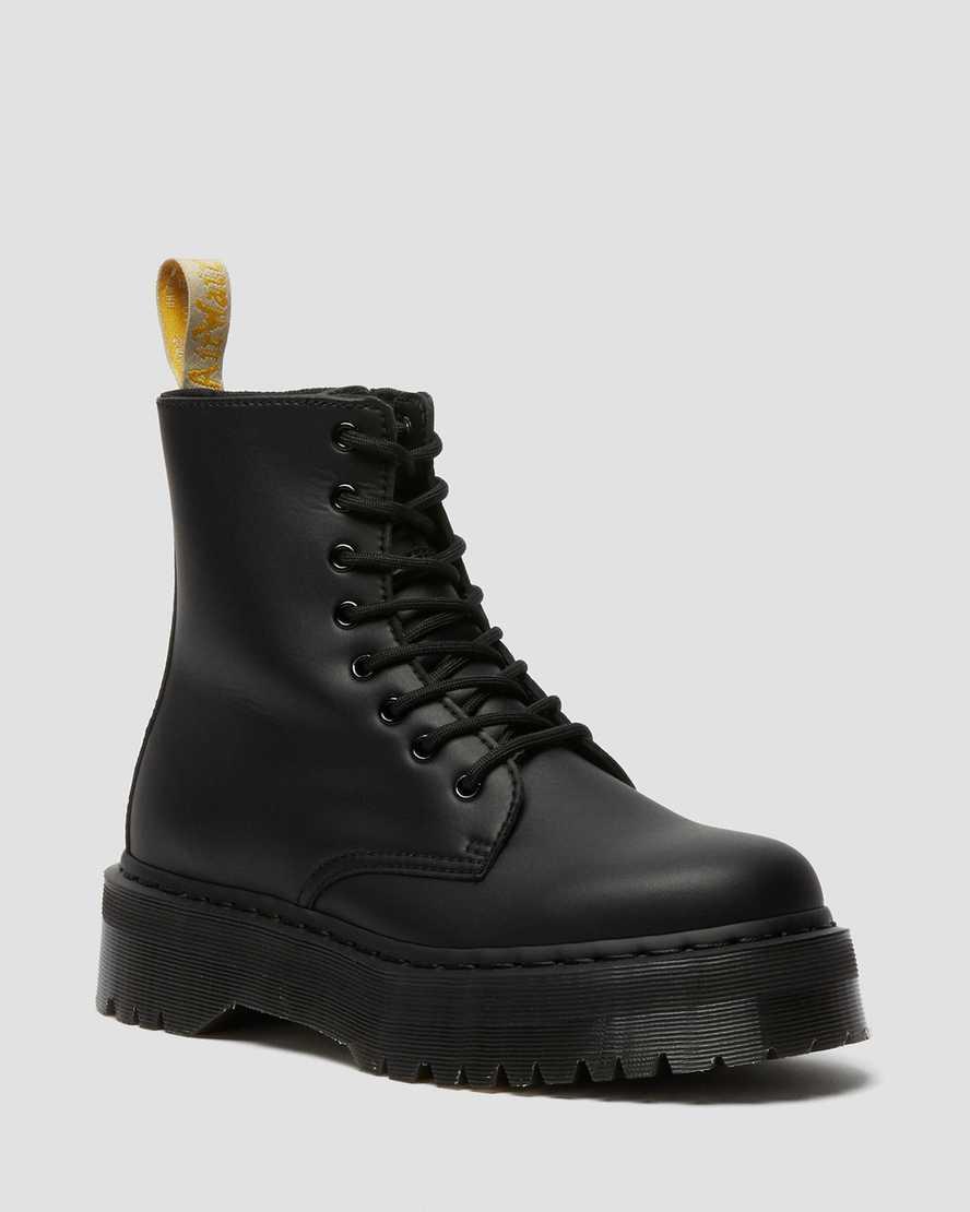https://i1.adis.ws/i/drmartens/25310001.90.jpg?$large$Boots Plateformes Jadon II Mono vegan | Dr Martens