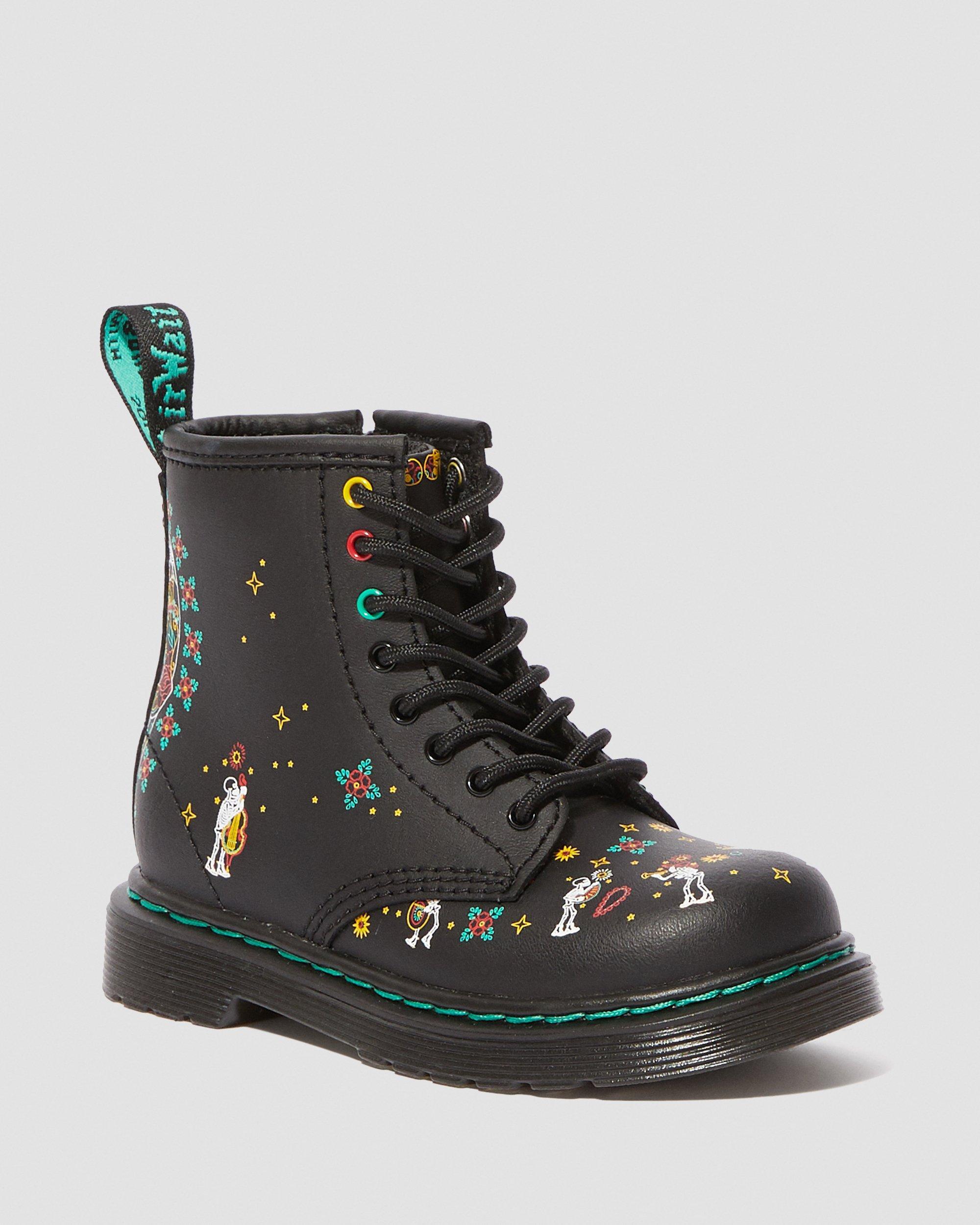 Dr martens 1460 skull toddler leather ankle boots em 2020