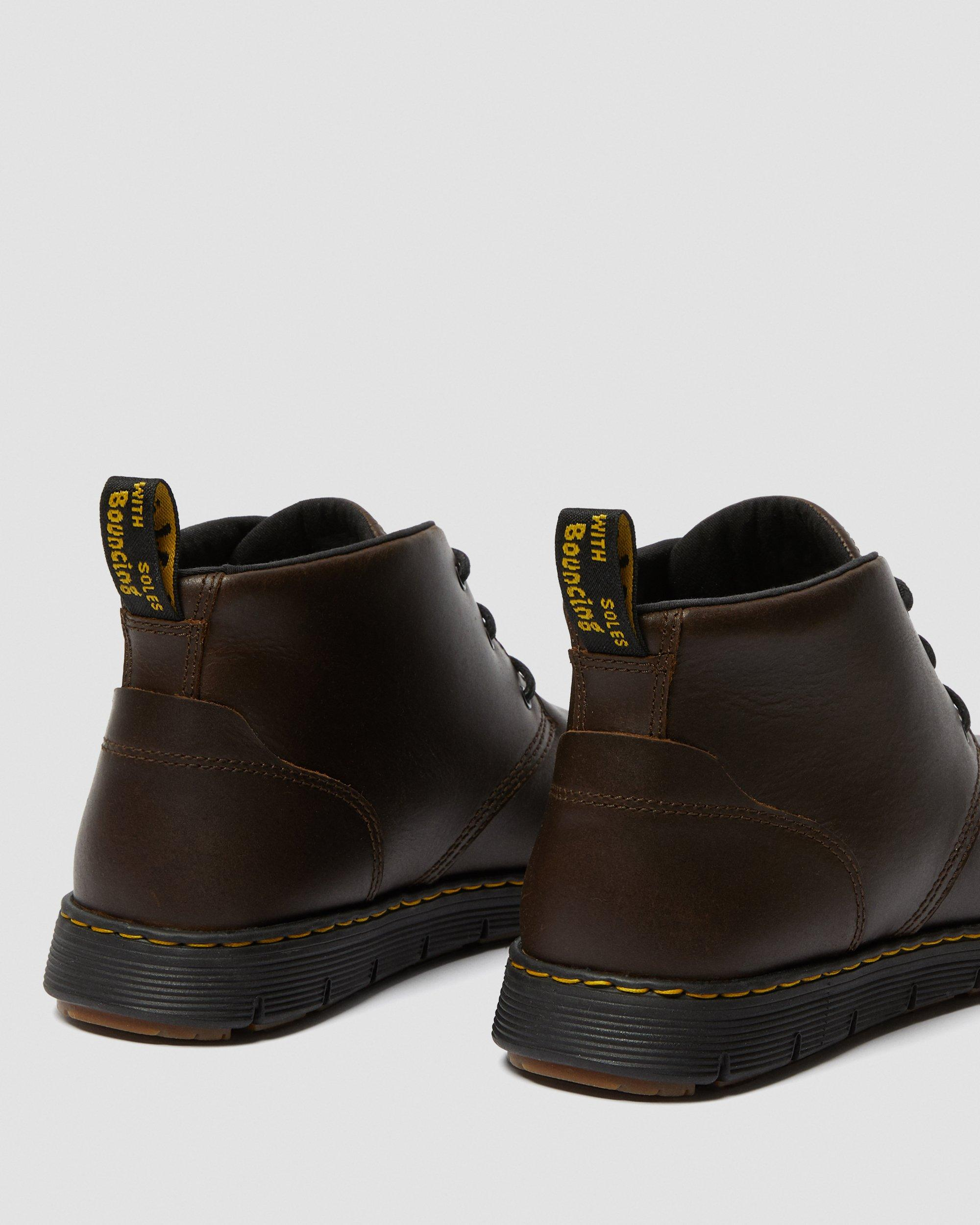 LEATHER CHUKKA BOOTS   Dr. Martens