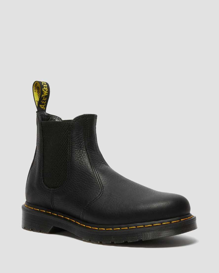 https://i1.adis.ws/i/drmartens/25600001.87.jpg?$large$2976 Leder Chelsea Boots | Dr Martens