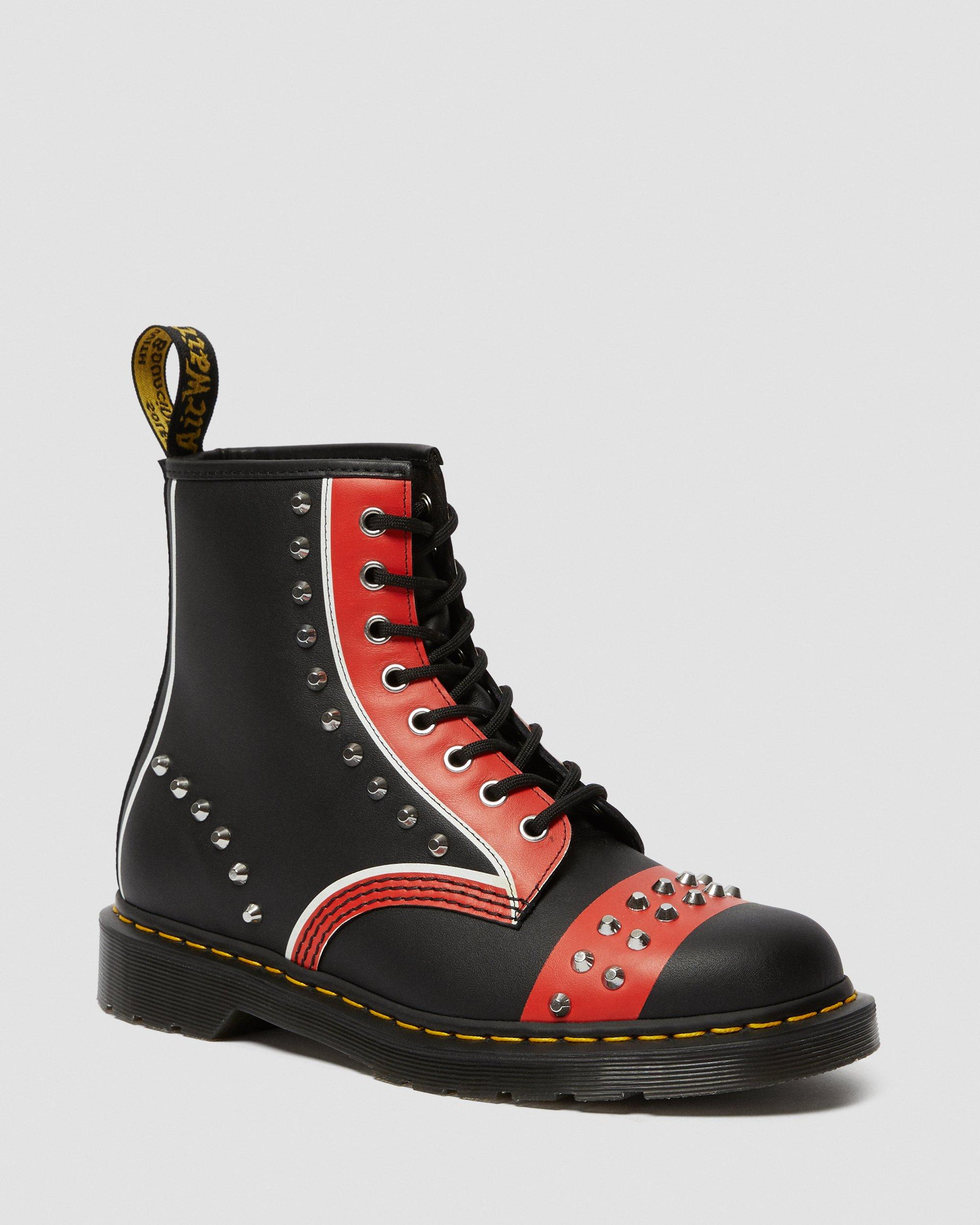 1460 LEATHER STUDDED LACE UP BOOTS | Dr