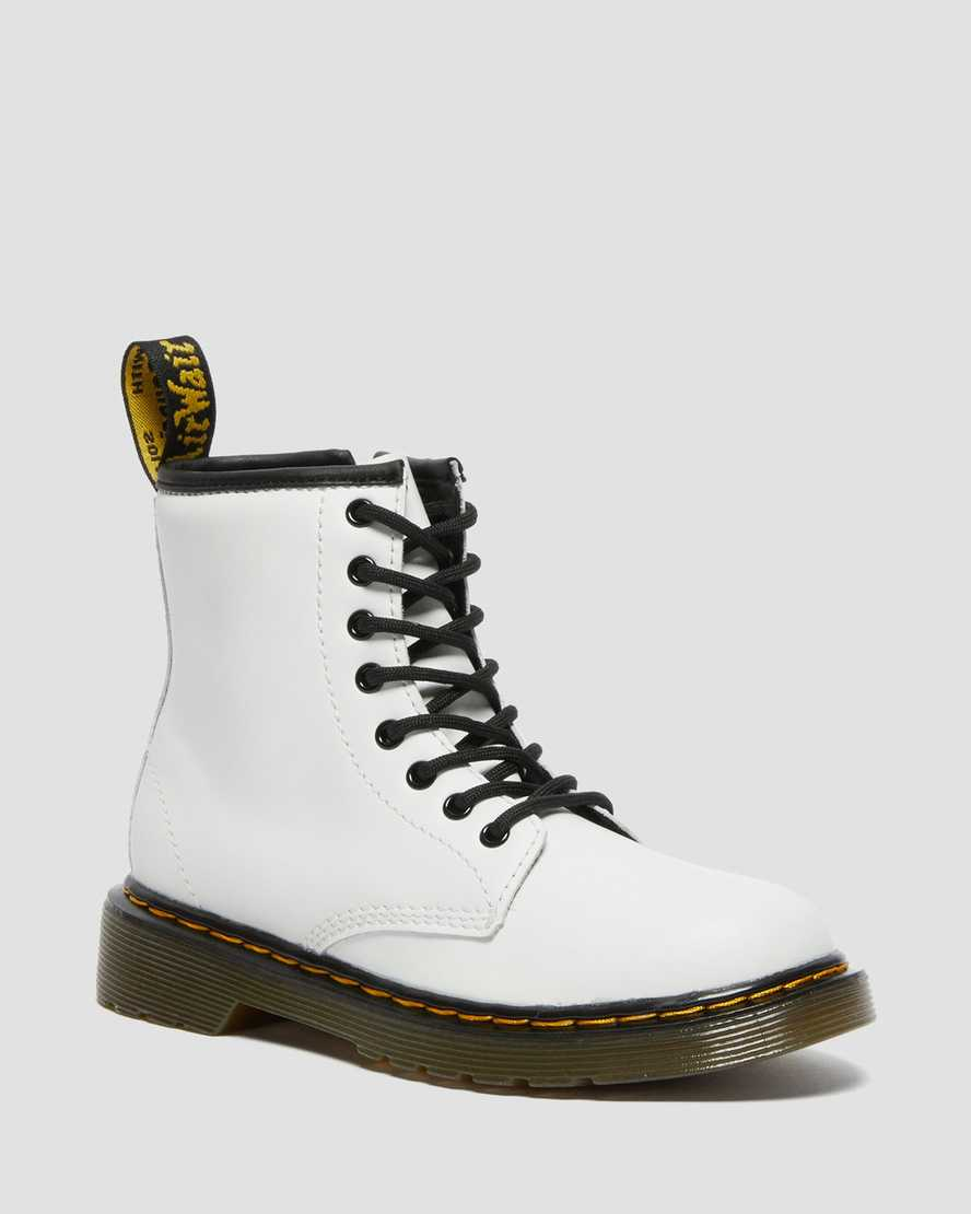 https://i1.adis.ws/i/drmartens/25634100.87.jpg?$large$Junior 1460 Leather Lace Up Boots | Dr Martens