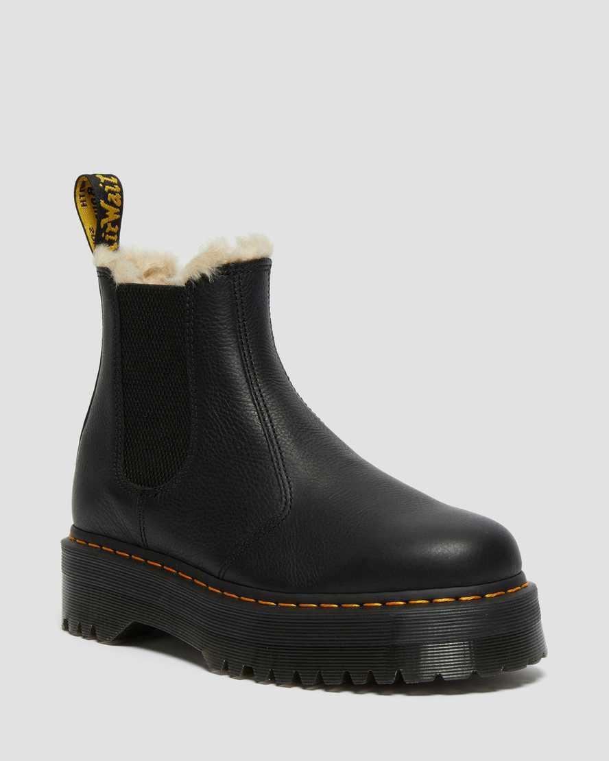 https://i1.adis.ws/i/drmartens/25635001.87.jpg?$large$2976 Quad Fur Lined Platform Boots | Dr Martens