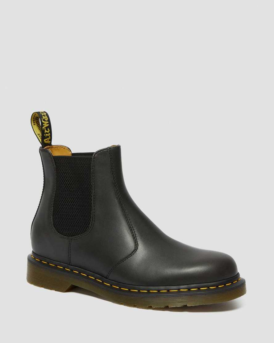 2976 Classico Leather Chelsea Boots | Dr Martens
