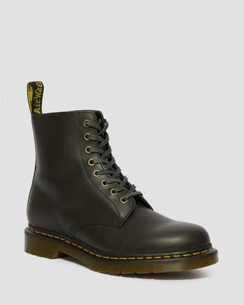 CLOVE | Boots | Dr. Martens