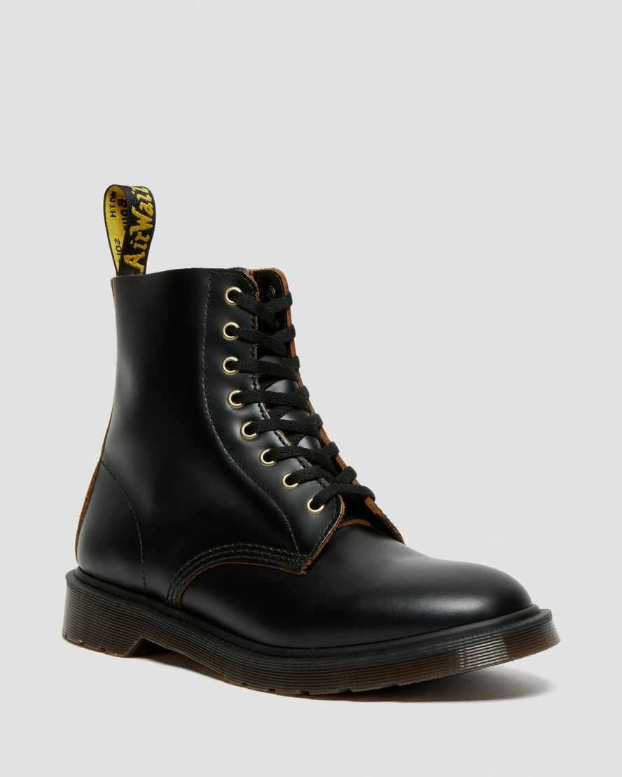 https://i1.adis.ws/i/drmartens/26297001.87.jpg?$large$1460 Vintage Smooth Leather Lace Up Boots | Dr Martens