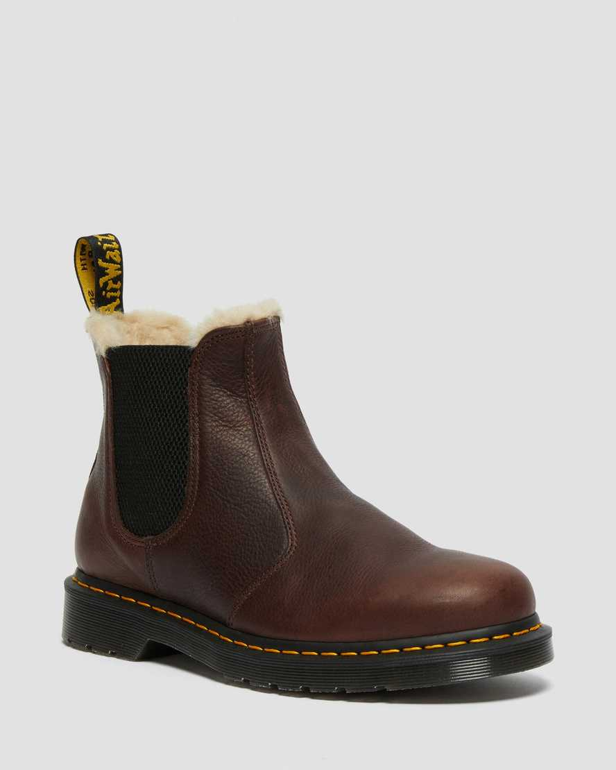https://i1.adis.ws/i/drmartens/26333257.87.jpg?$large$2976 FAUX FUR LINED CHELSEA BOOTS | Dr Martens