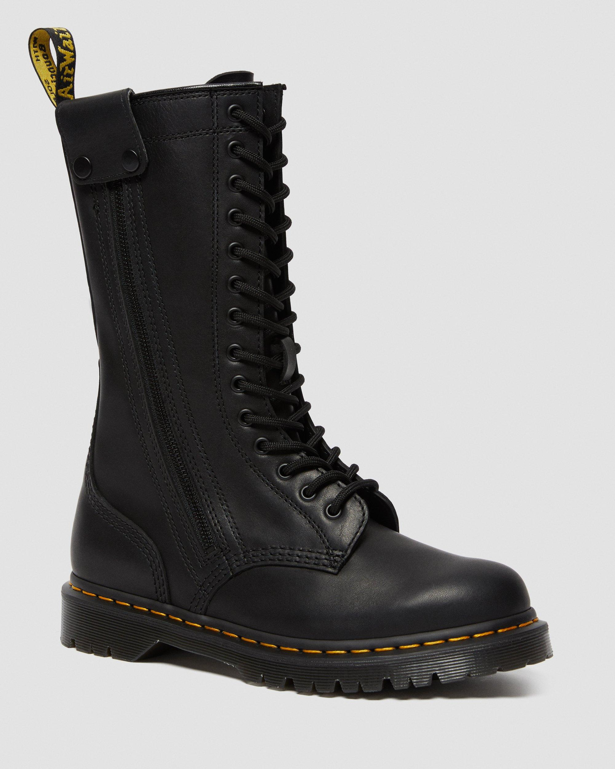 HANLEY HIGH LEATHER BOOTS | Dr. Martens