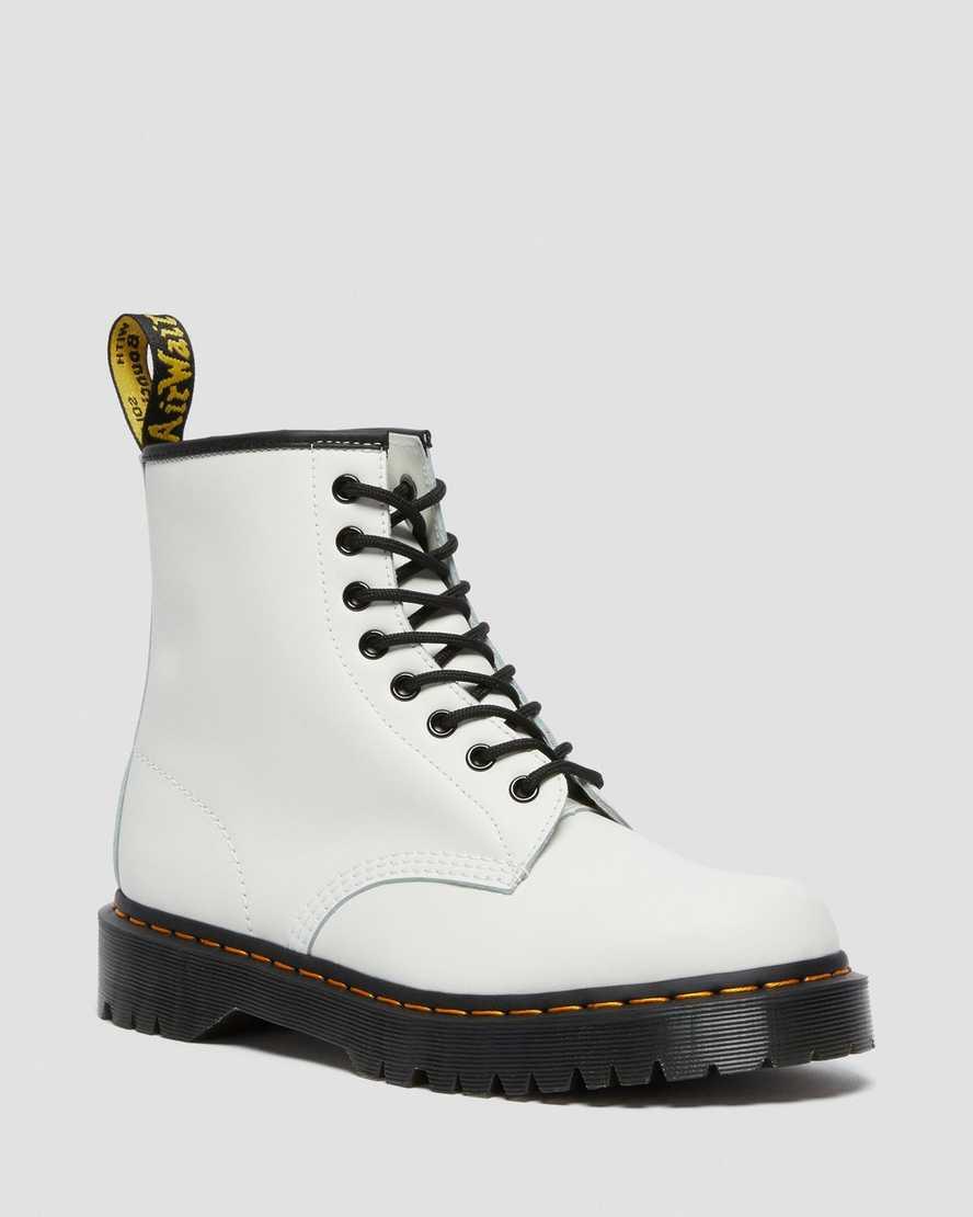 https://i1.adis.ws/i/drmartens/26499100.88.jpg?$large$Boots 1460 Bex en Cuir Smooth | Dr Martens