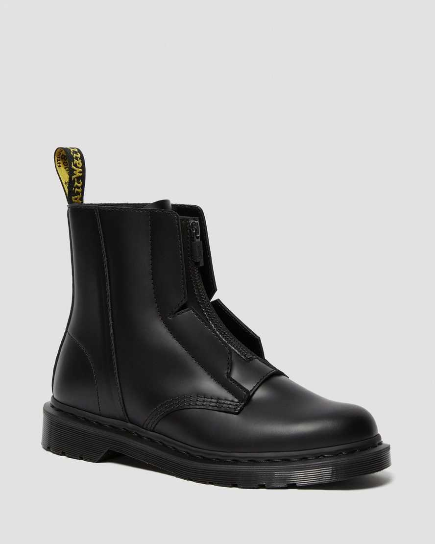 https://i1.adis.ws/i/drmartens/26518001.91.jpg?$large$1460 A-Cold-Wall* Leather Lace Up Boots | Dr Martens
