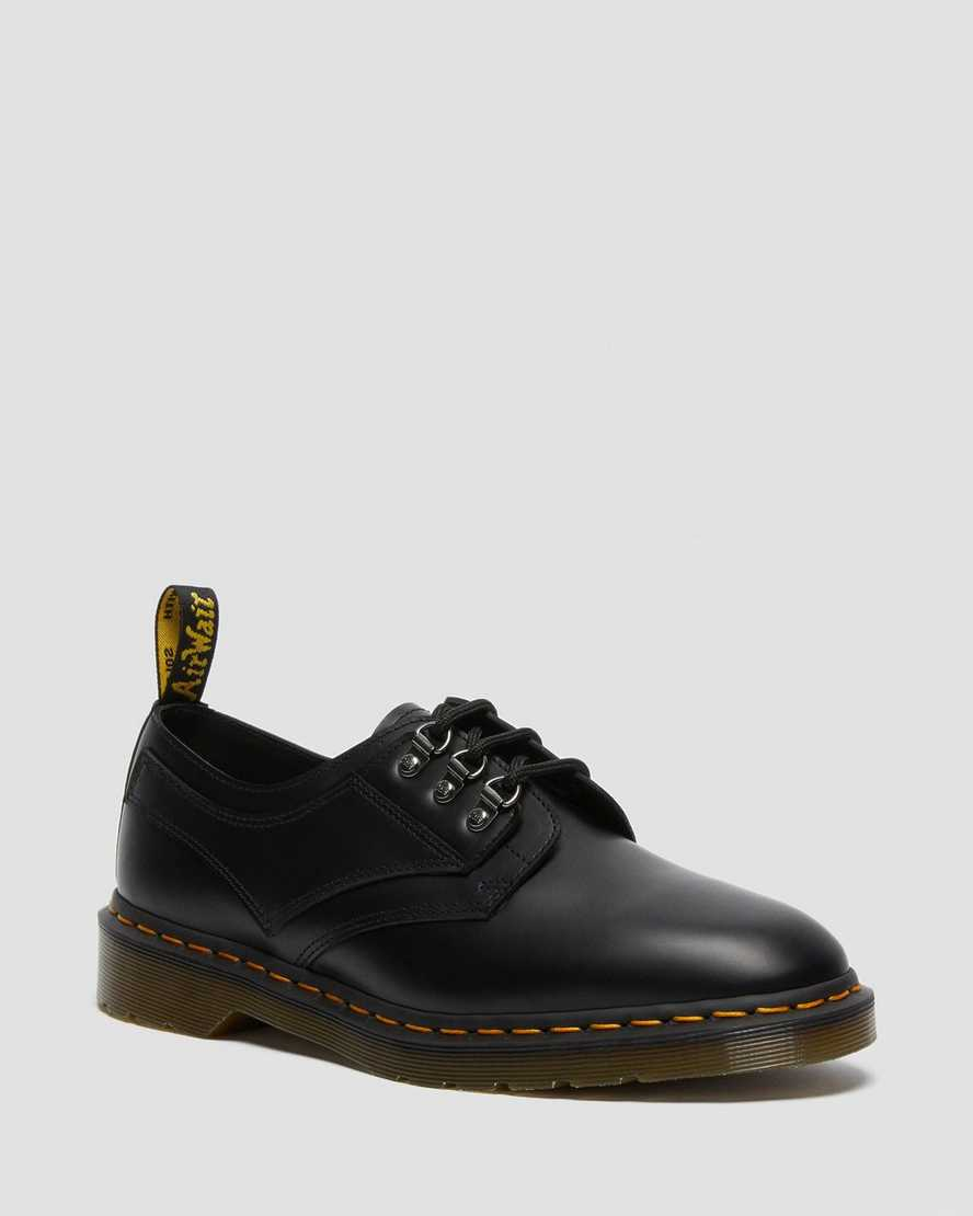 https://i1.adis.ws/i/drmartens/26533001.88.jpg?$large$1461 Pascal Verso Smooth Leather Oxford Shoes | Dr Martens