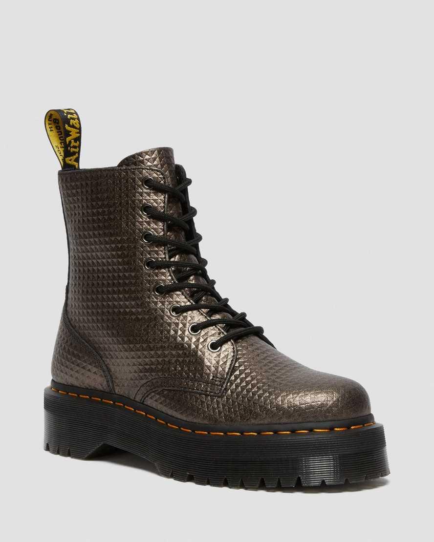 https://i1.adis.ws/i/drmartens/26648029.88.jpg?$large$Jadon Stud Emboss Leather Platform Boots | Dr Martens