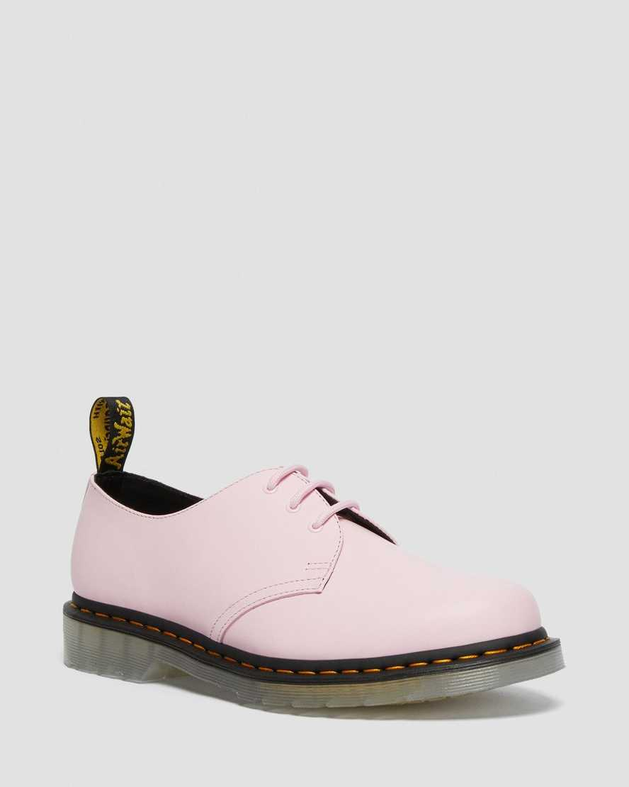 https://i1.adis.ws/i/drmartens/26651322.88.jpg?$large$1461 Iced Smooth Leather Oxford Shoes | Dr Martens