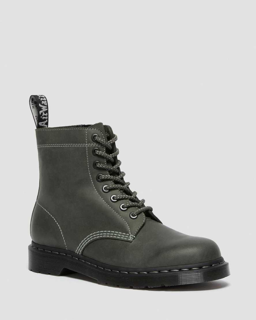 https://i1.adis.ws/i/drmartens/26673365.88.jpg?$large$1460 PASCAL ZIP LEATHER LACE UP BOOTS | Dr Martens