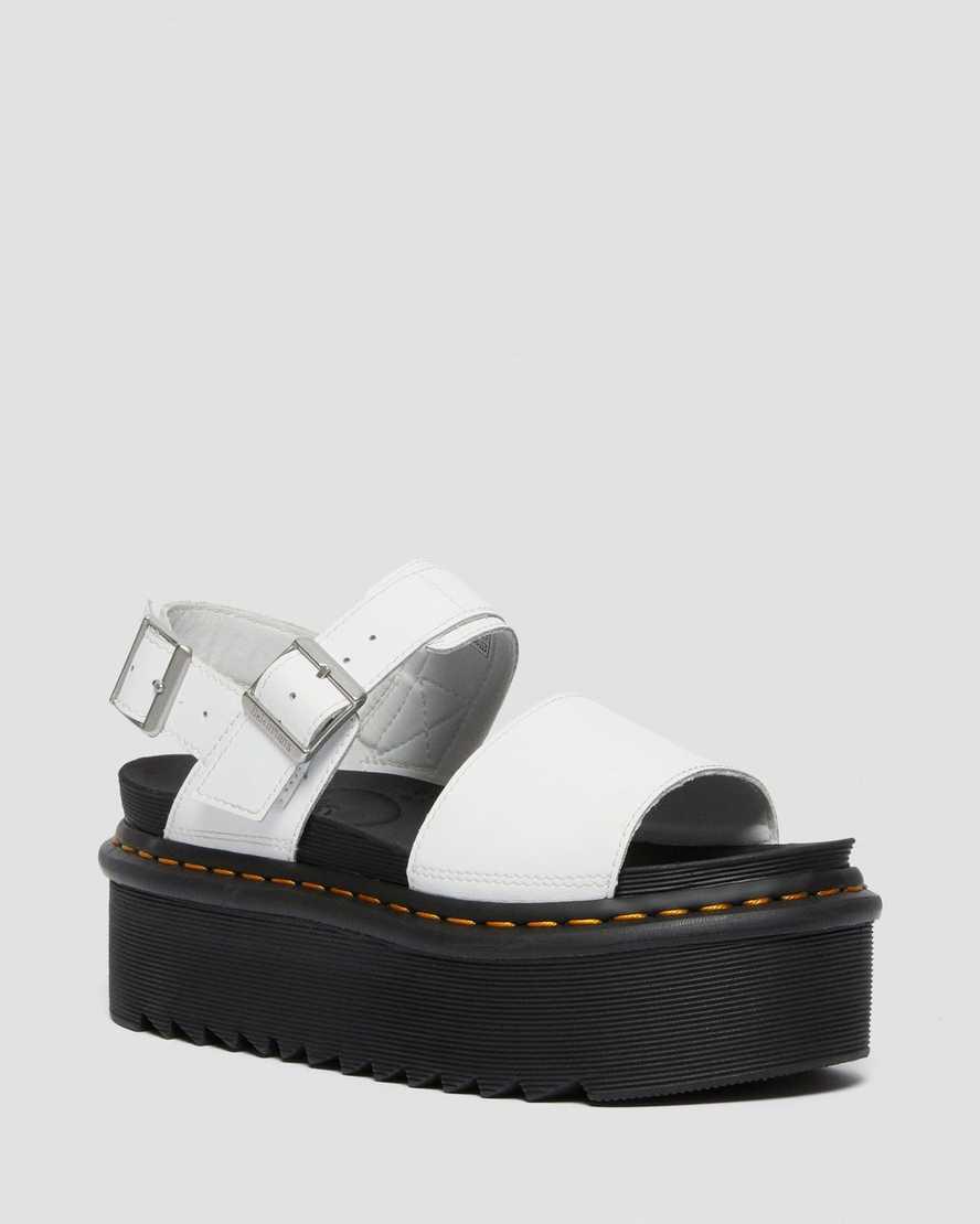 https://i1.adis.ws/i/drmartens/26725100.88.jpg?$large$Sandalias de tiras con plataforma Voss Quad en piel | Dr Martens