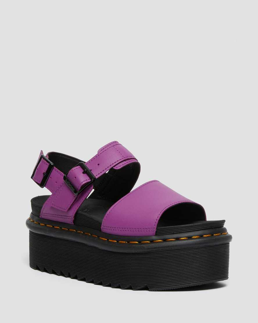 https://i1.adis.ws/i/drmartens/26725501.89.jpg?$large$Voss Women's Leather Strap Platform Sandals | Dr Martens