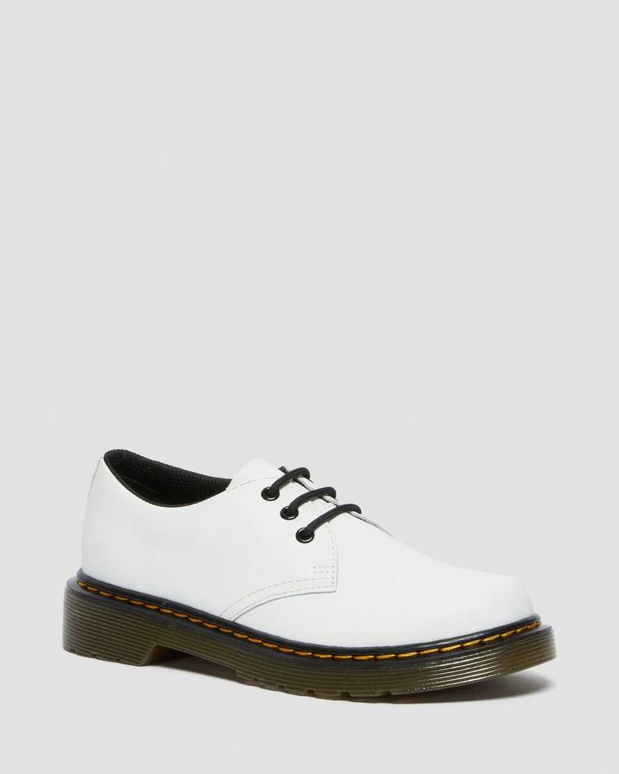 https://i1.adis.ws/i/drmartens/26775100.88.jpg?$large$Junior 1461 Leather Lace Up Shoes   Dr Martens