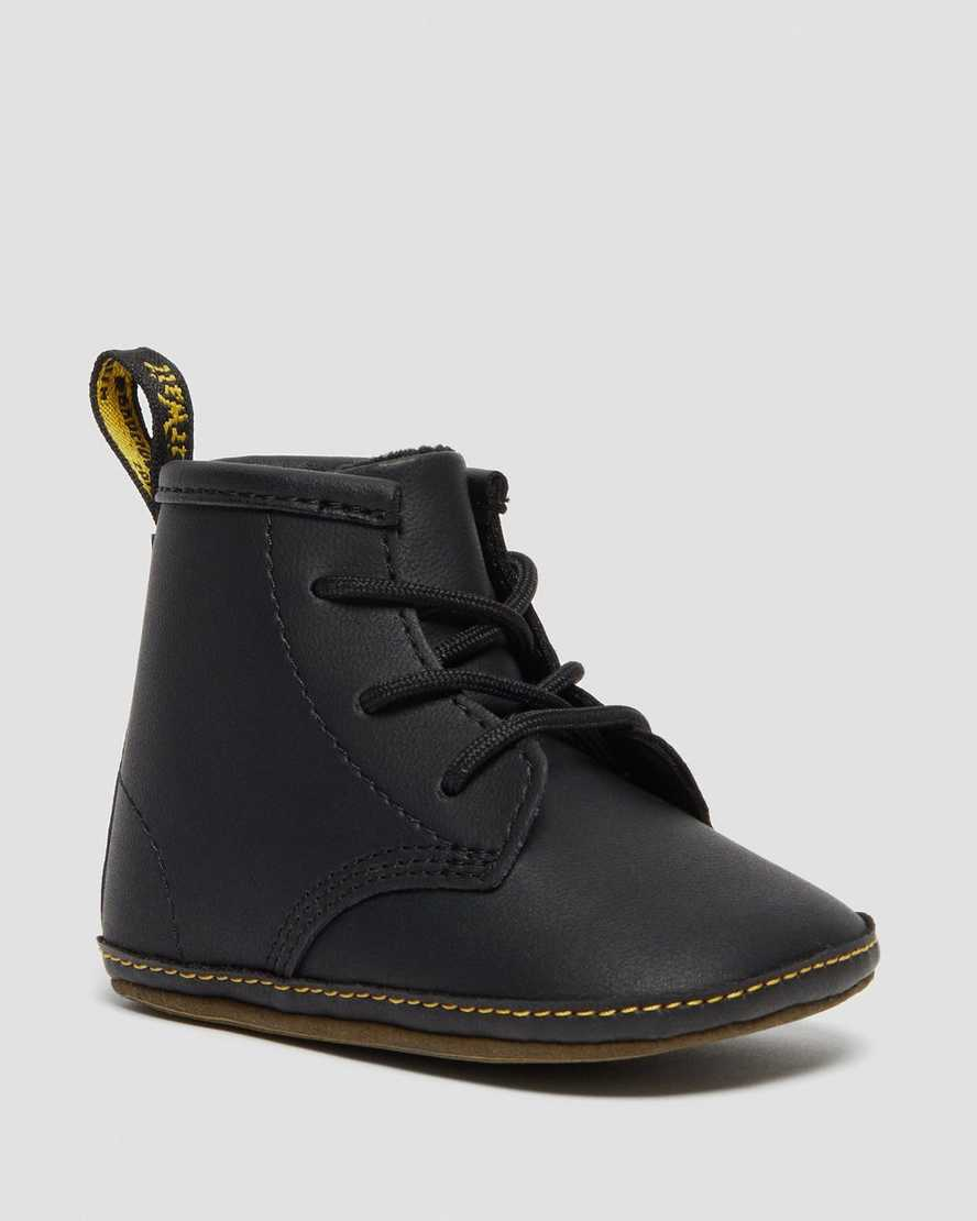 https://i1.adis.ws/i/drmartens/26808001.88.jpg?$large$1460 Crib Baby Leather Booties   Dr Martens