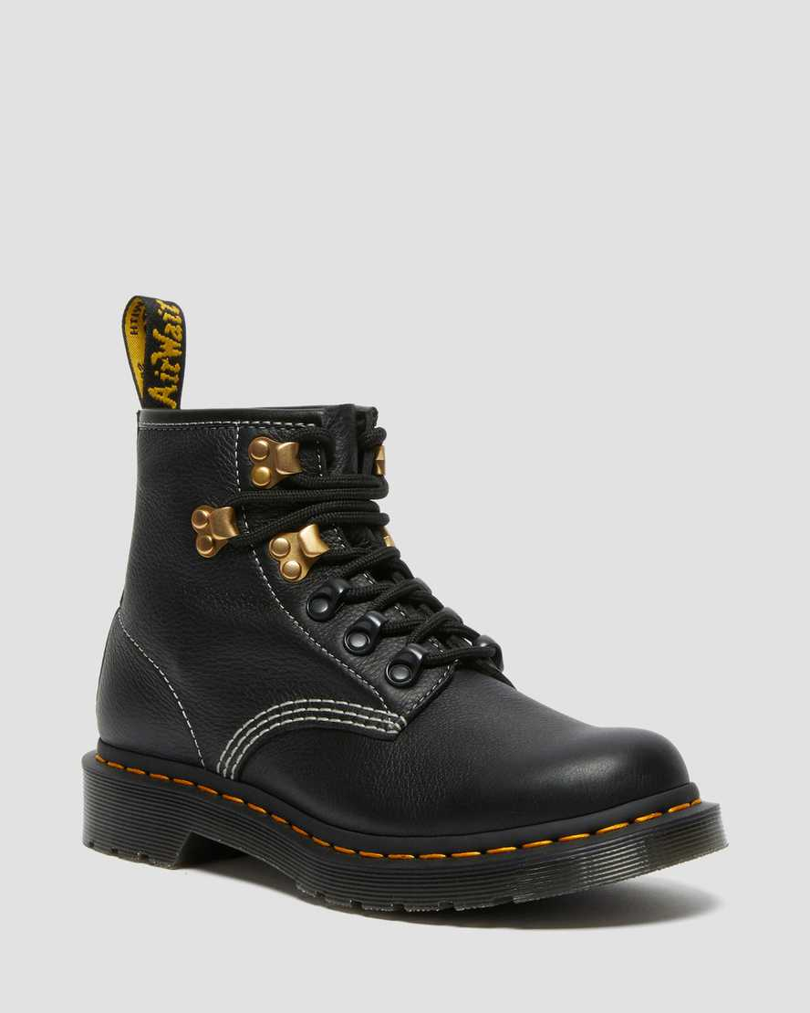https://i1.adis.ws/i/drmartens/26862001.88.jpg?$large$101 Hardware Virginia Leather Ankle Boots   Dr Martens