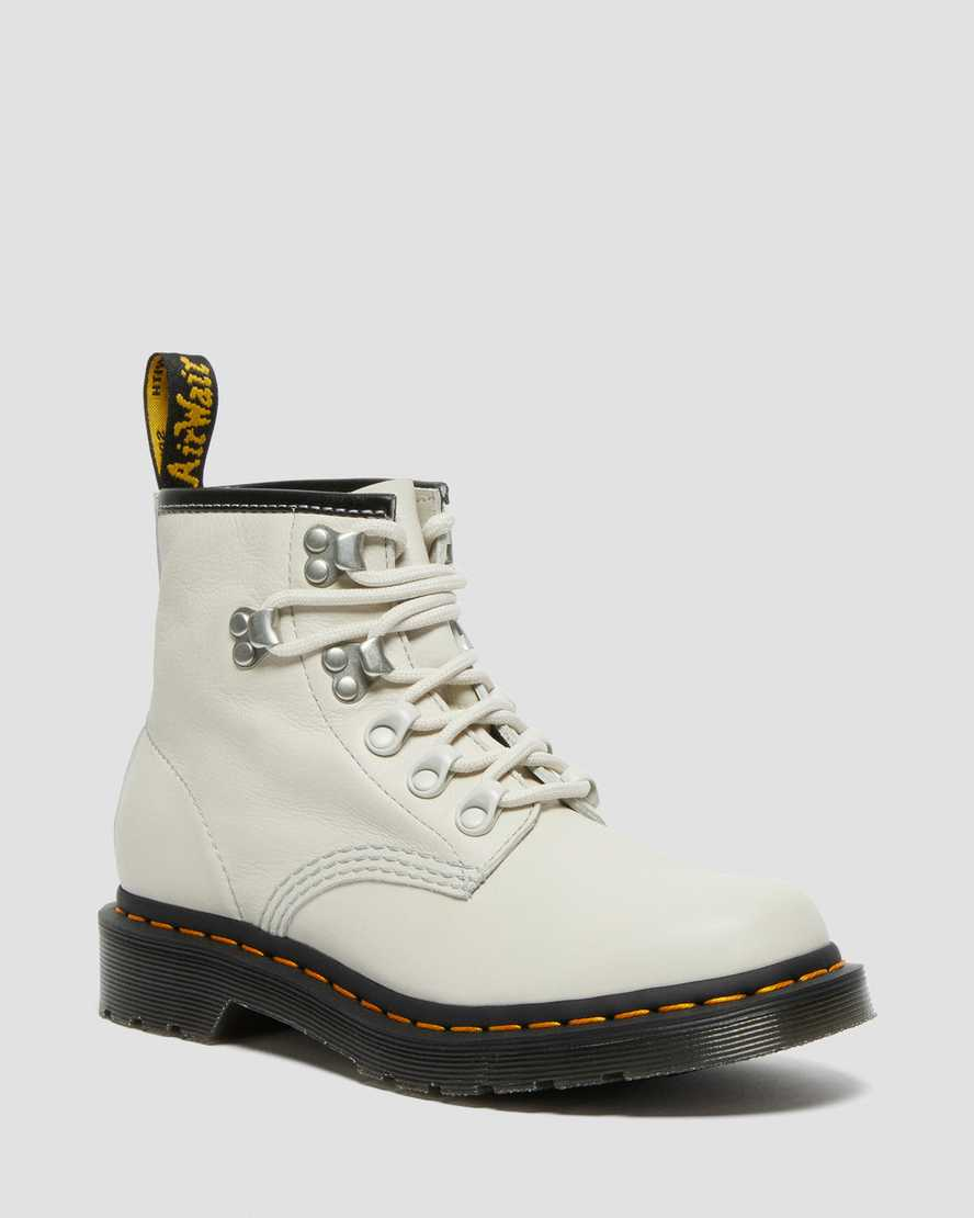 https://i1.adis.ws/i/drmartens/26862115.88.jpg?$large$101 Hardware Virginia Leather Ankle Boots   Dr Martens