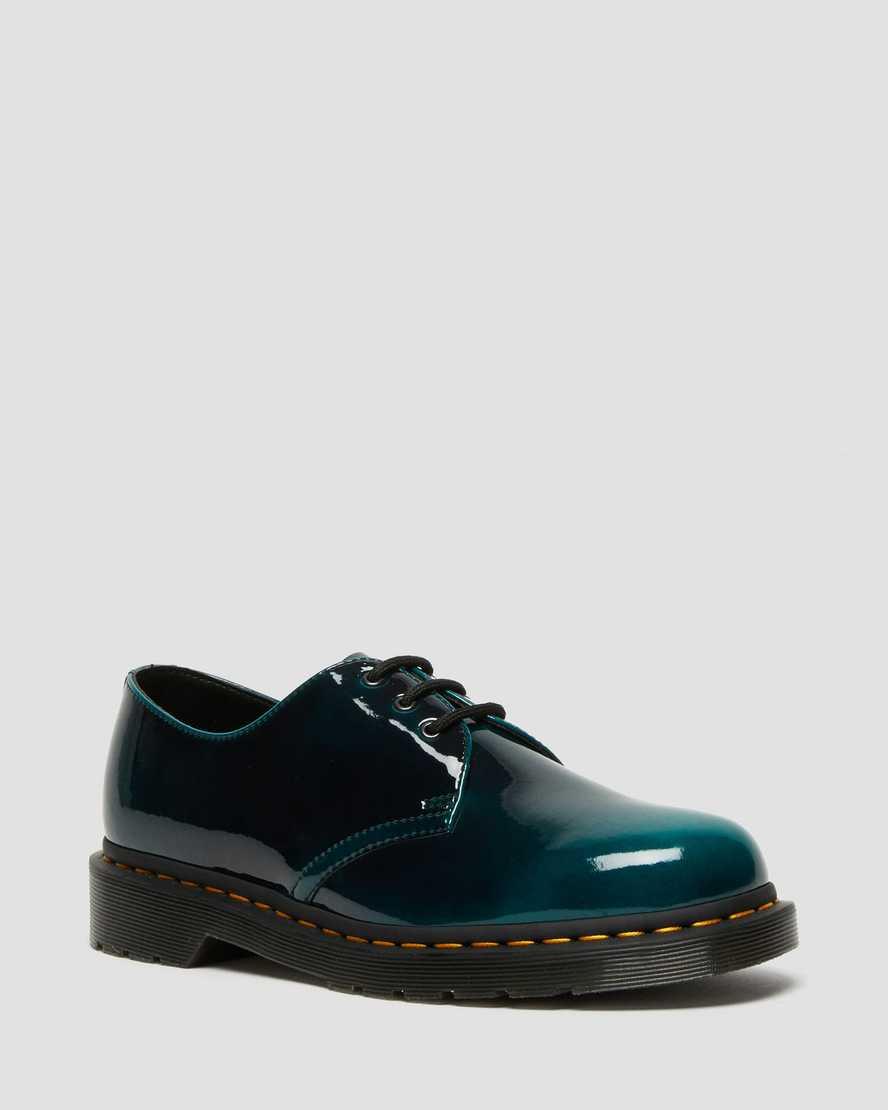 https://i1.adis.ws/i/drmartens/26890431.88.jpg?$large$Vegan 1461 Gloss Oxford Shoes | Dr Martens