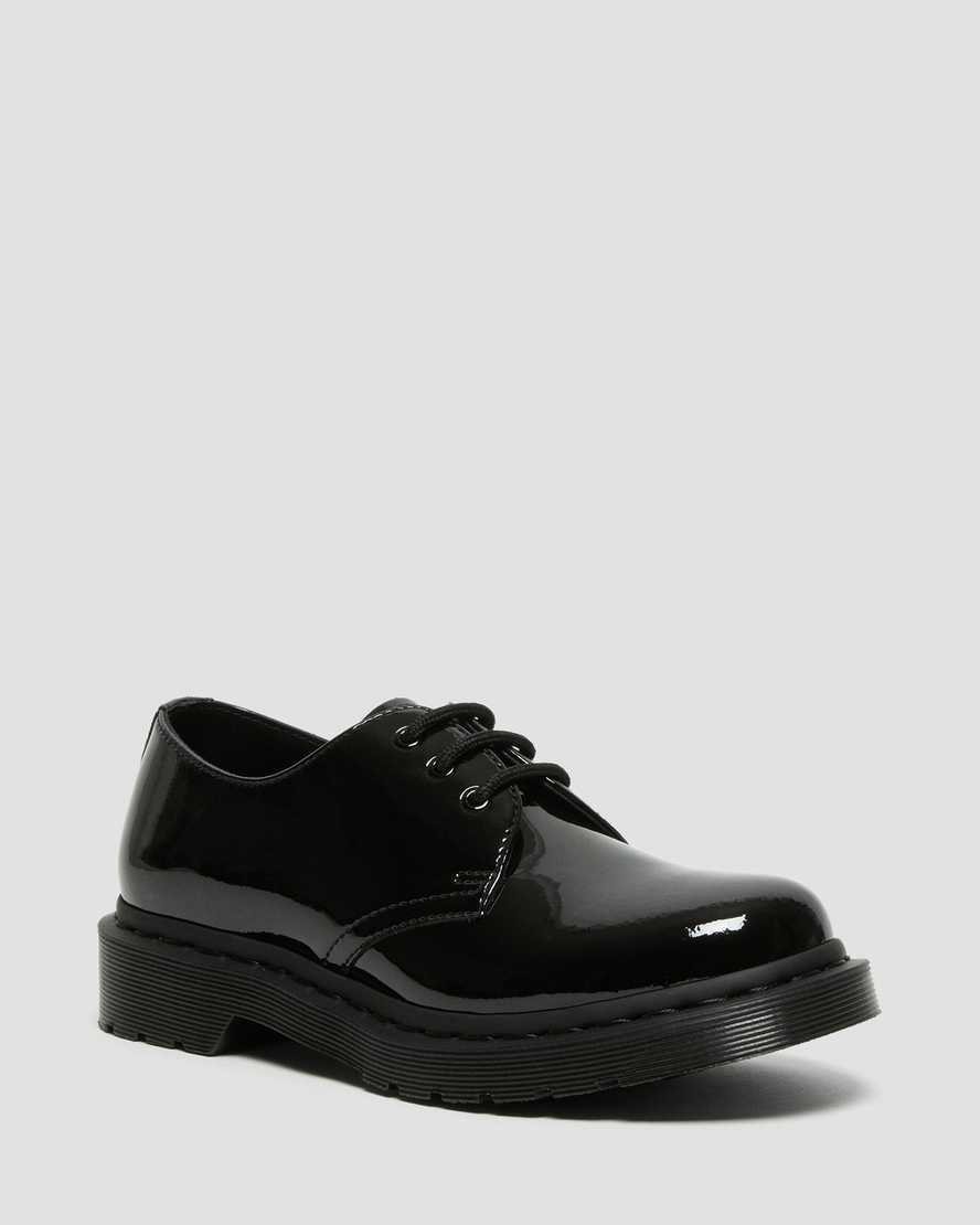 https://i1.adis.ws/i/drmartens/26893001.88.jpg?$large$1461 Mono Patent Leather Shoes | Dr Martens