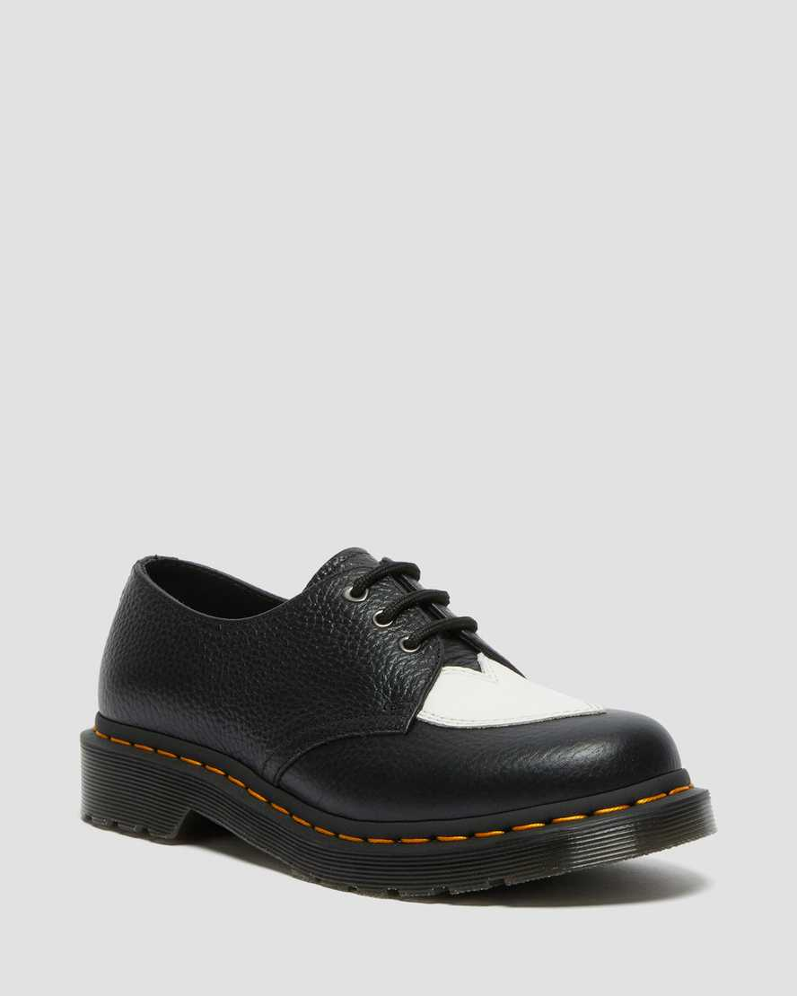https://i1.adis.ws/i/drmartens/26965009.88.jpg?$large$1461 Amore Leather Shoes | Dr Martens