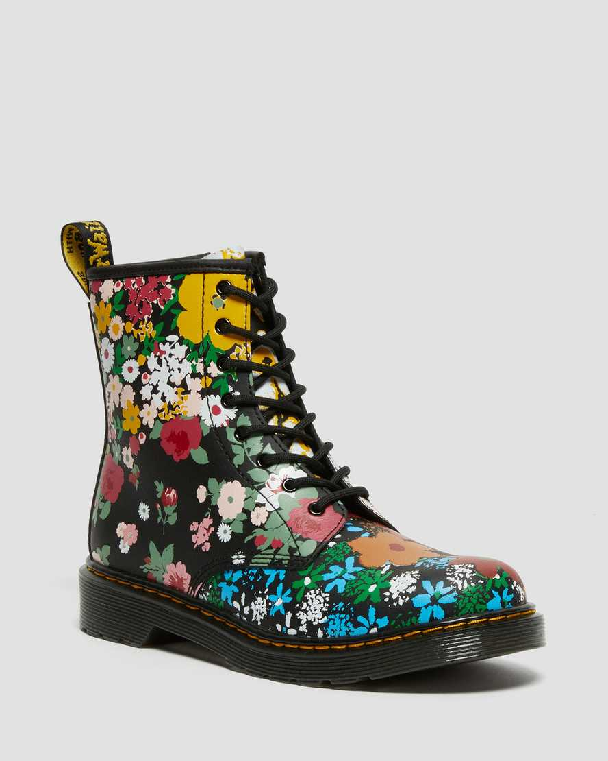 https://i1.adis.ws/i/drmartens/27096001.88.jpg?$large$Youth 1460 Floral Mash Up Leather Lace Up Boots | Dr Martens