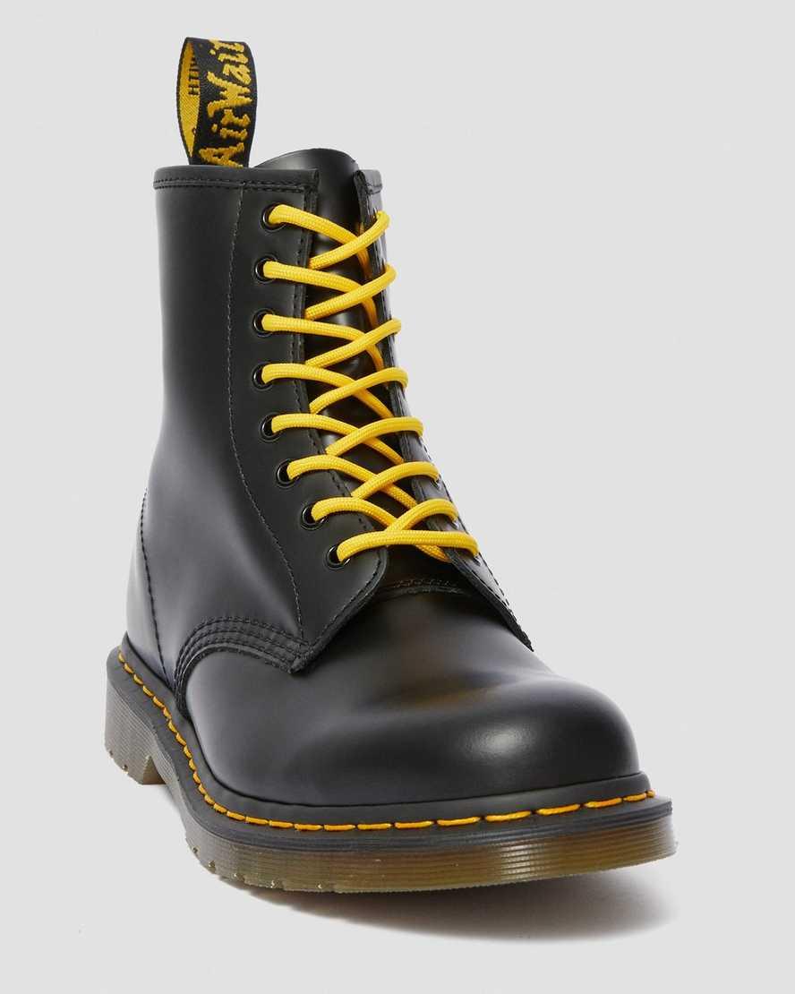 price reduced best place 50% price lacci e cura della scarpa | Sito ufficiale Dr. Martens
